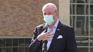 Photo of NJ Gov. Murphy accosted over coronavirus restrictions, masks while dining with family | Fox News